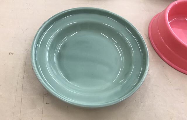 実験後のプラスチック陶器の傷