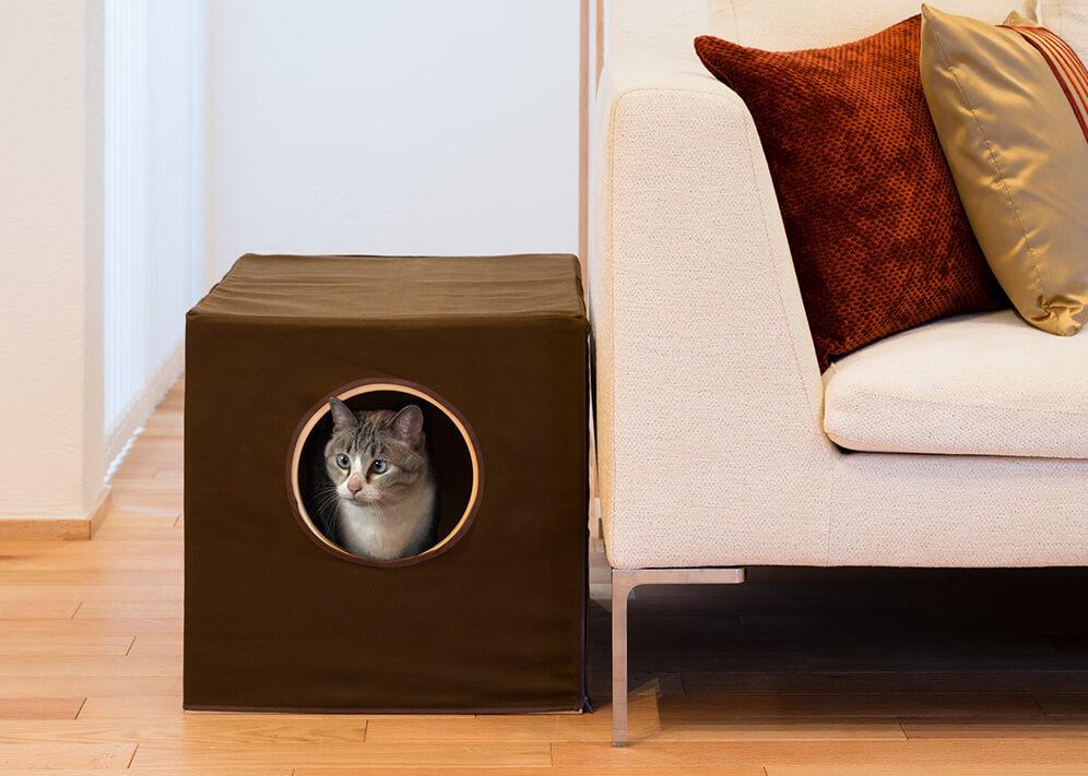 猫トイレが快適になる消臭機能付のトイレカバー猫蔵
