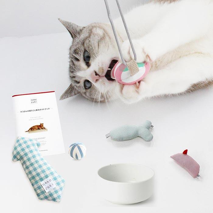 猫福袋 無添加の猫おもちゃと食器