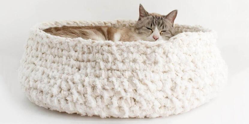 天然素材でストレスフリー猫用ベッド『あみあみベッド』